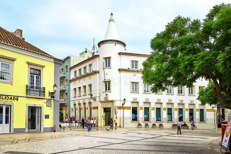 Opinión de la calle de Faro, Portugal fotografía de archivo