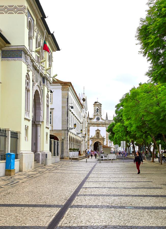 Opinión de la calle de Faro, Portugal foto de archivo libre de regalías