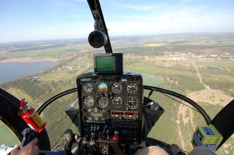 Opinión de la carlinga del helicóptero imágenes de archivo libres de regalías