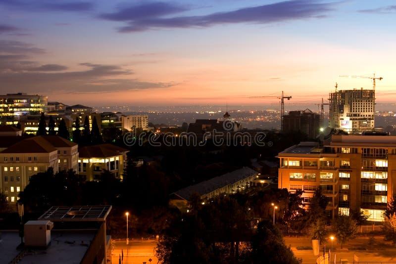 Opinión de la ciudad de la salida del sol fotografía de archivo