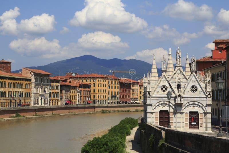 Opinión de la ciudad de Pisa foto de archivo libre de regalías