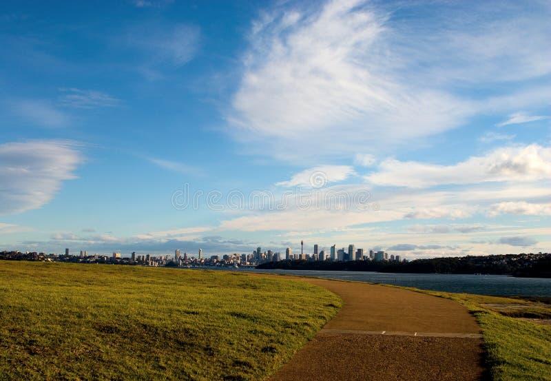 Opinión de la ciudad de Sydney del parque principal del sur fotografía de archivo libre de regalías