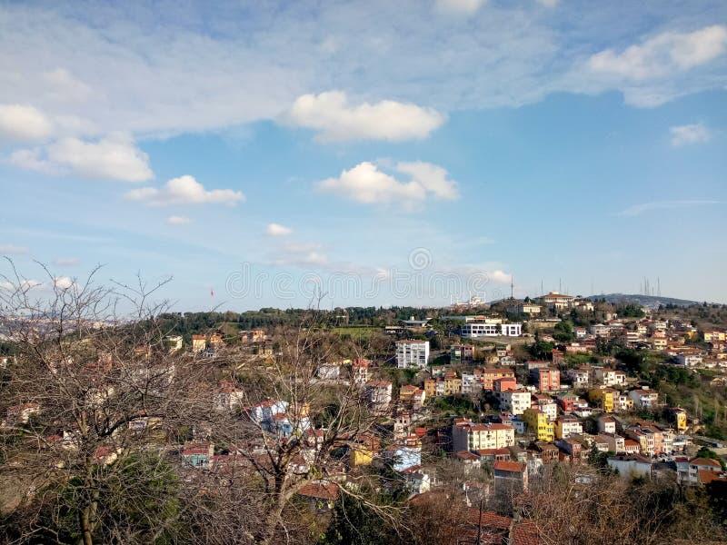 Opinión de la ciudad en Uscudar, Estambul fotos de archivo libres de regalías