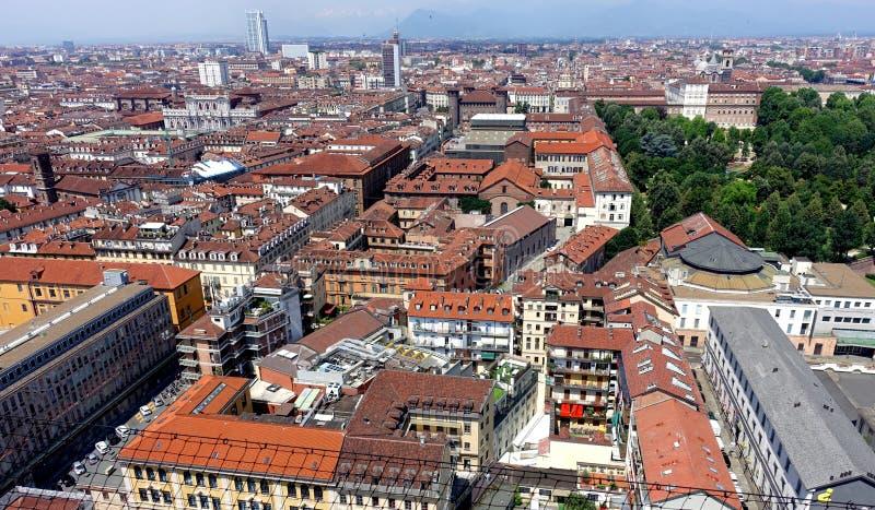 Opinión de la ciudad de Turín desde arriba foto de archivo