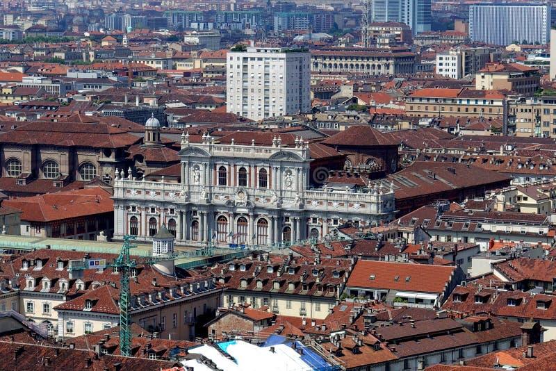 Opinión de la ciudad de Turín desde arriba imagen de archivo