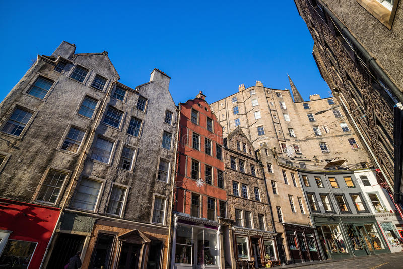 Opinión de la ciudad vieja histórica, Edimburgo de la calle foto de archivo