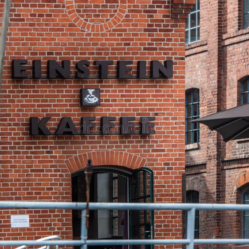 Opinión de la fachada del cafée de Berlin Einstein del río de la diversión imágenes de archivo libres de regalías