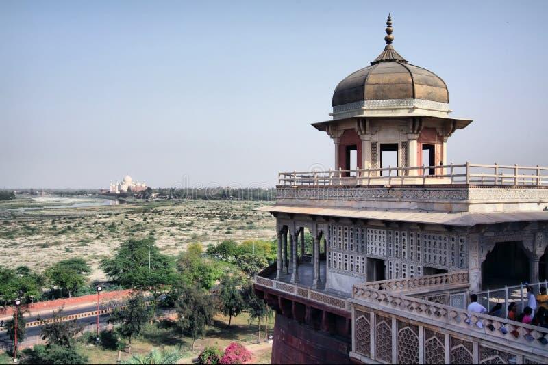 Opinión de la fortaleza roja, Agra de Taj Mahal foto de archivo