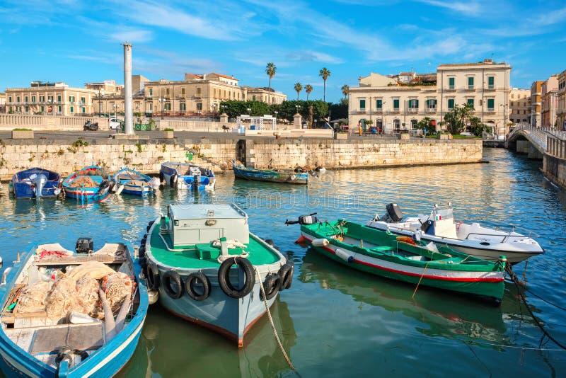 Opinión de la isla de Ortigia Syracuse, Sicilia, Italia fotografía de archivo libre de regalías