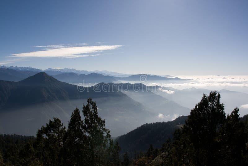 Opinión de la mañana en Nepal fotografía de archivo