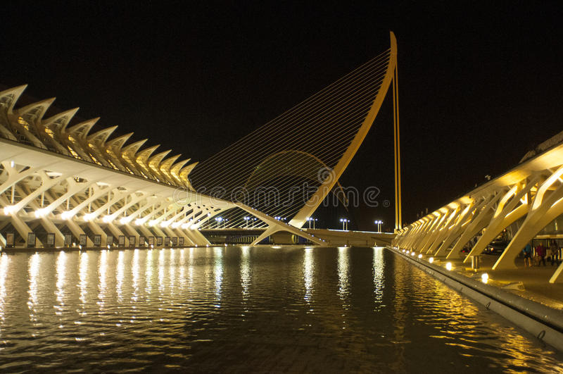 Opinión de la noche, ciudad de artes y ciencias, Valencia imagen de archivo