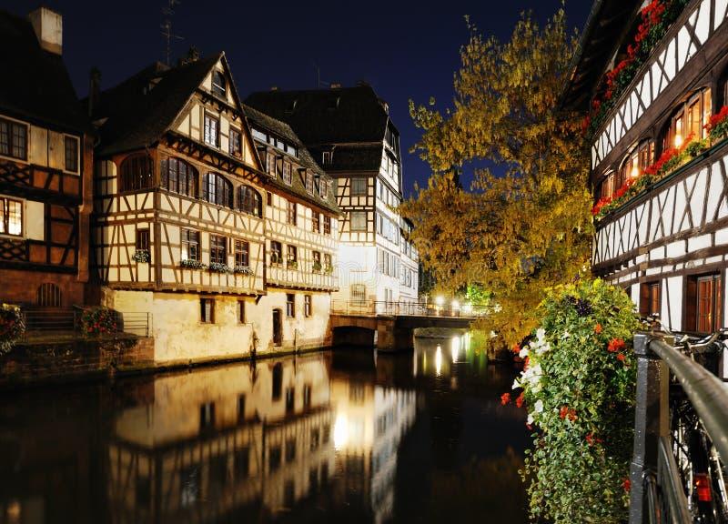 Opinión de la noche de Francia pequena imagen de archivo