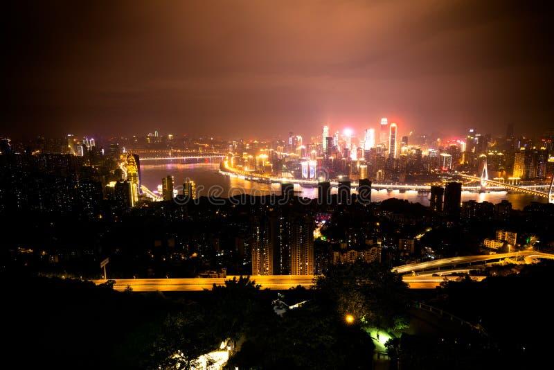 Opinión de la noche de la ciudad de Chongqing, China imagen de archivo