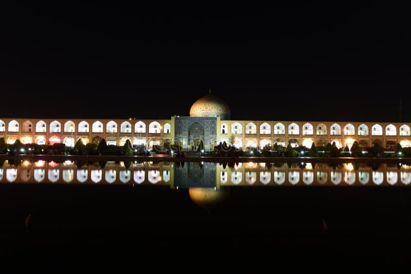 Opinión de la noche de la mezquita de Naqsh-e Jahan en Esfahan, Irán 14 de septiembre de 2016 foto de archivo libre de regalías