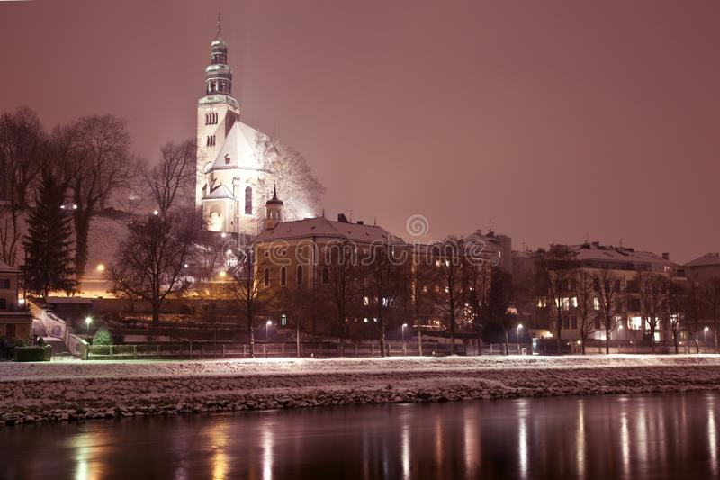Opinión de la noche de Salzburg, Austria fotografía de archivo libre de regalías