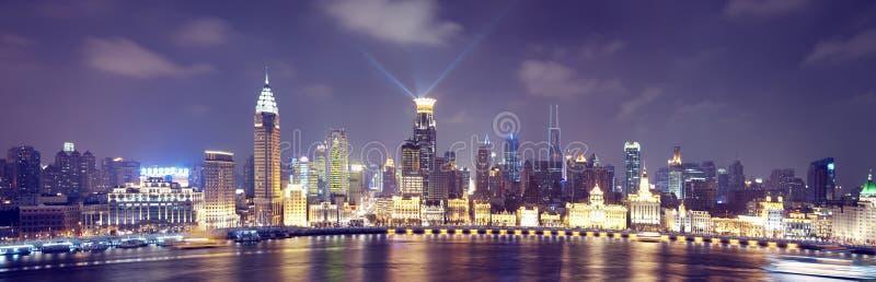 Opinión de la noche de Shangai China fotografía de archivo libre de regalías