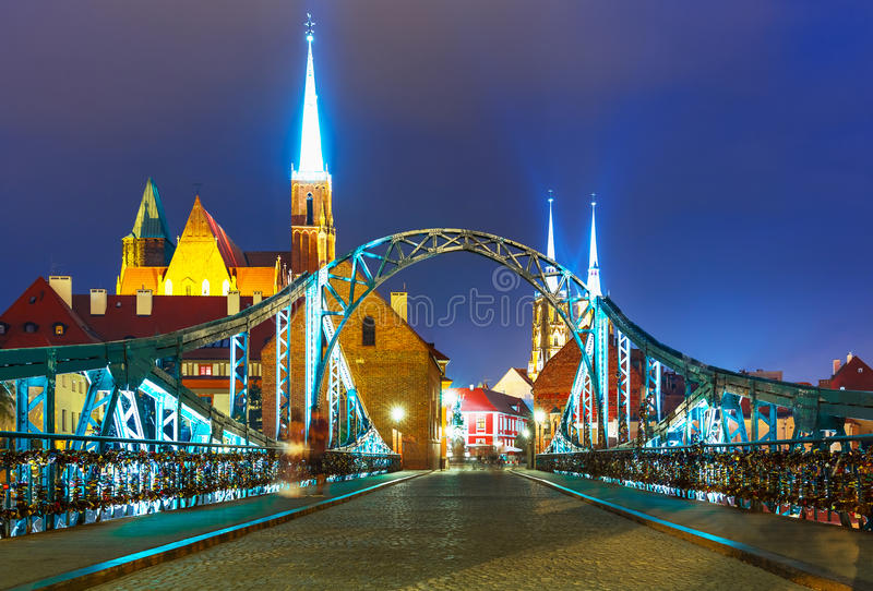 Opinión de la noche de Wroclaw, Polonia foto de archivo libre de regalías