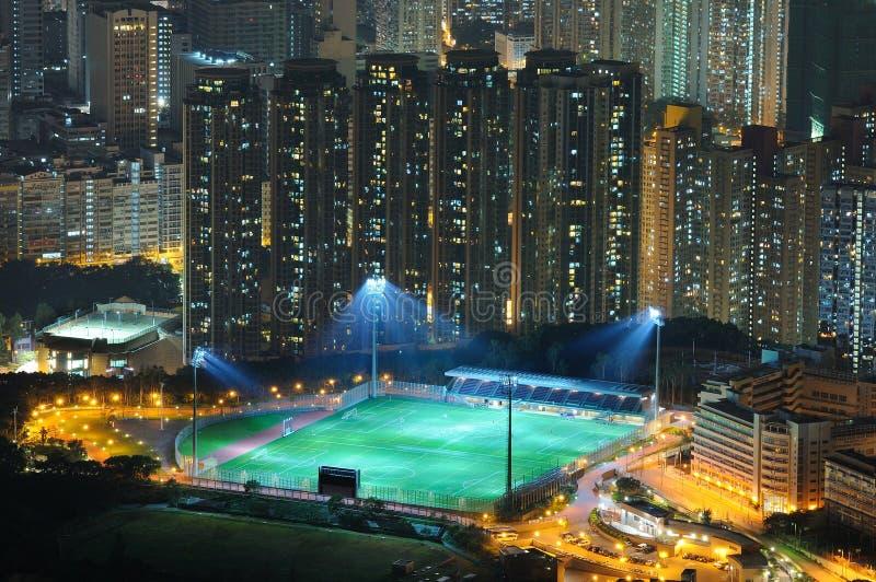 Opinión de la noche del campo de fútbol foto de archivo libre de regalías