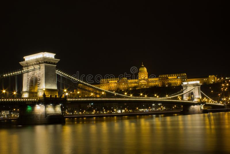 Opinión de la noche del castillo de Hungría BUDAPEST fotos de archivo libres de regalías