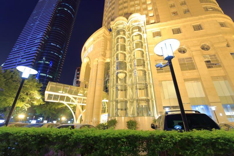 Opinión de la noche del hotel internacional de la conífera de Huaan fotografía de archivo libre de regalías