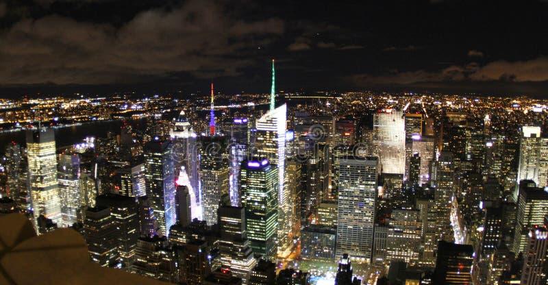 Opinión de la noche de Nueva York imágenes de archivo libres de regalías