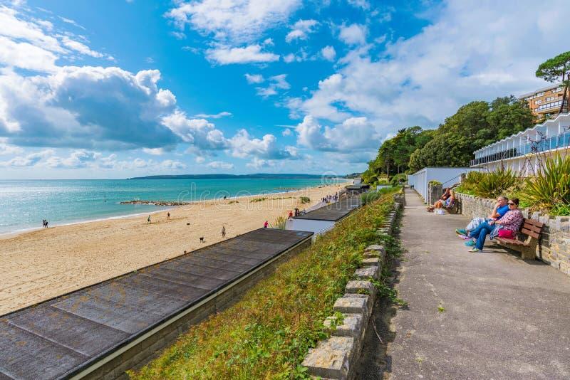 Opinión de la orilla del mar de Bournemouth fotos de archivo libres de regalías