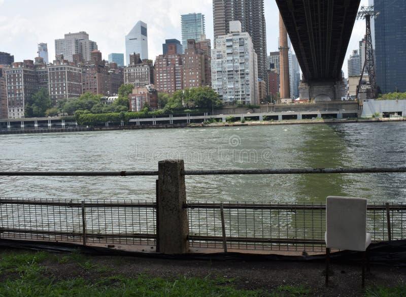 Opinión de la orilla de Manhattan eastside imagenes de archivo