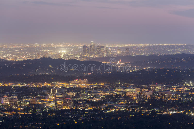 Opinión de la oscuridad de Los Ángeles California fotografía de archivo libre de regalías