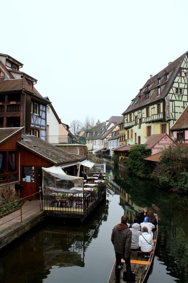 Opinión de la pequeña ciudad imagen de archivo