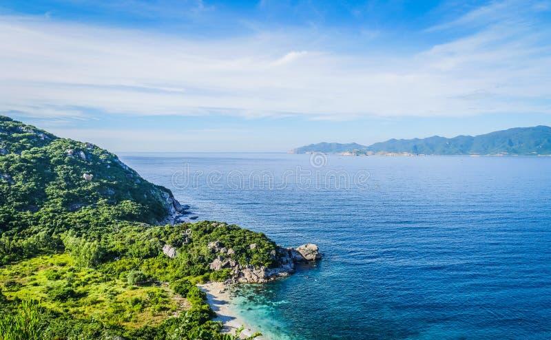 Opinión de la playa de Binh Ba Island imagen de archivo