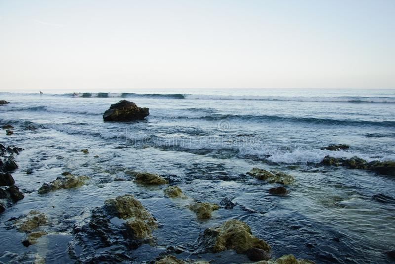 Opinión de la playa de Zuma de Duma Point, Malibu imagenes de archivo