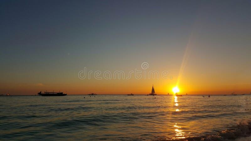 Opinión de la puesta del sol de la playa fotos de archivo