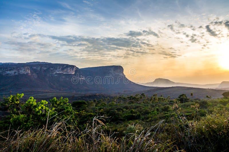Opinión de la puesta del sol del parque nacional de Chapada Diamantina - Bahía, el Brasil foto de archivo libre de regalías