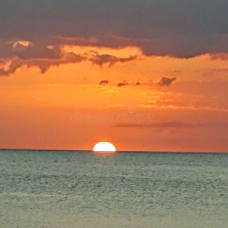 Opinión de la puesta del sol del sudoeste de la Florida, playas foto de archivo libre de regalías