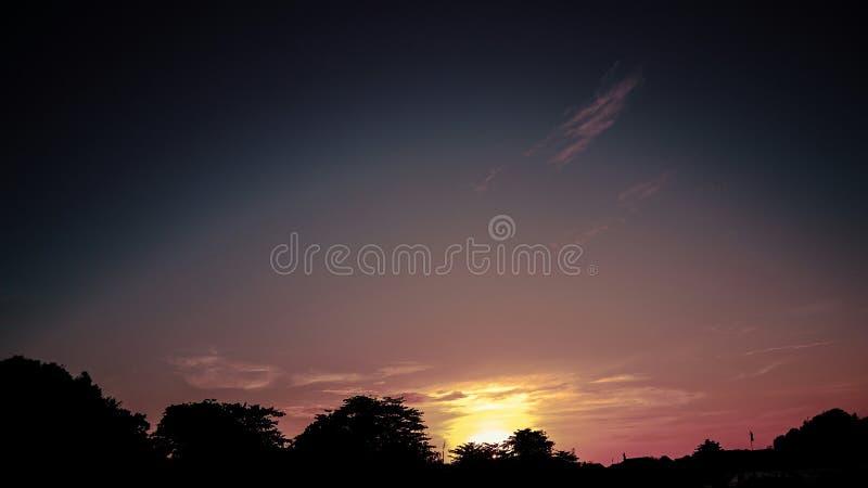 Opinión de la puesta del sol del hotel fotografía de archivo libre de regalías