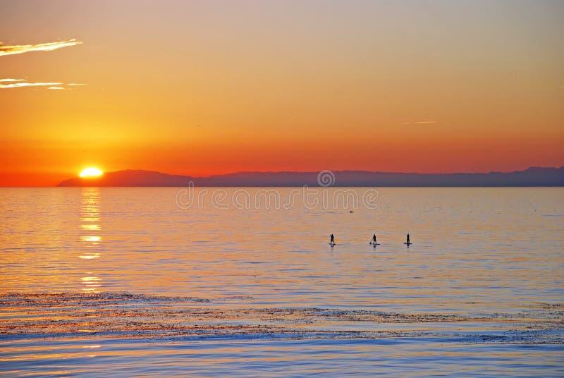 Opinión de la puesta del sol Santa Catalina Island con el huésped de la paleta fotos de archivo libres de regalías