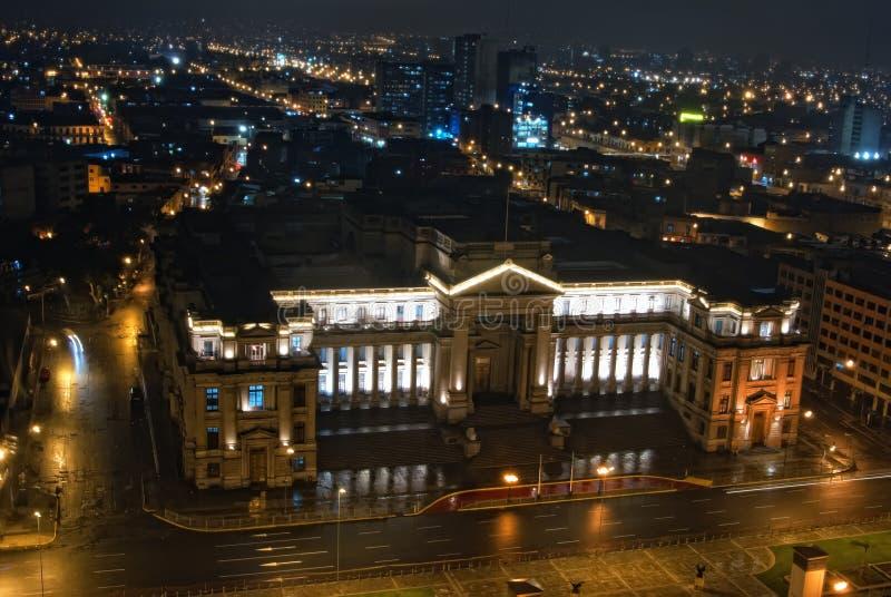 Opinión de Nigth sobre Palacio de Jvsticia fotos de archivo