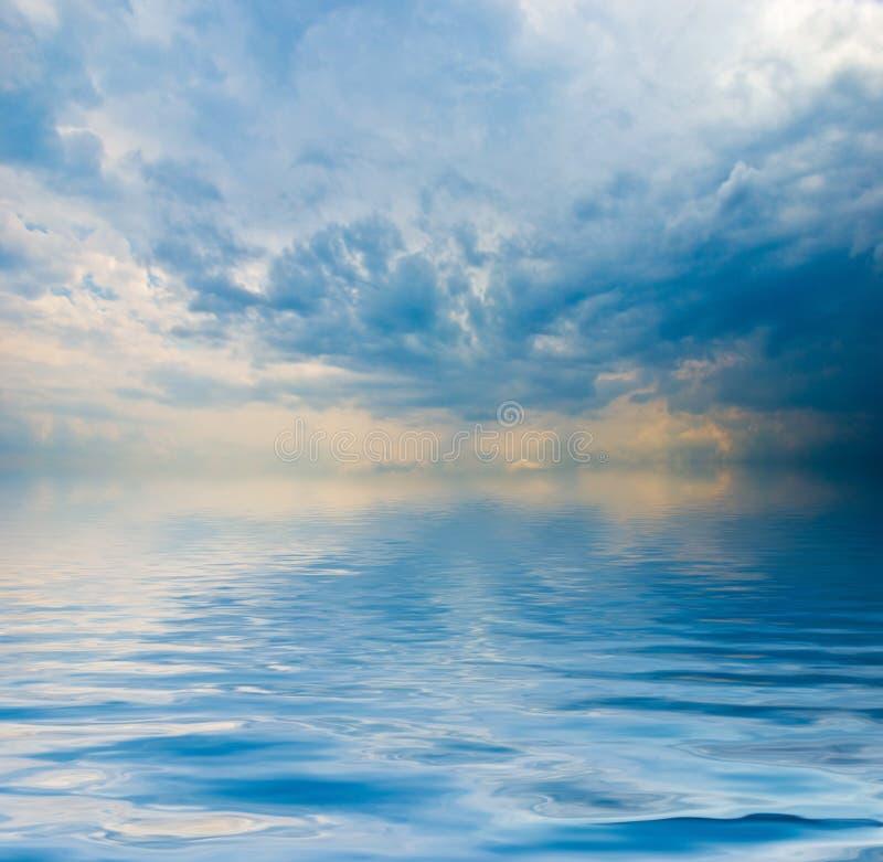 Opinión de océano imagenes de archivo