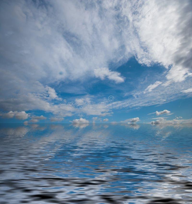 Opinión de océano dramática fotos de archivo