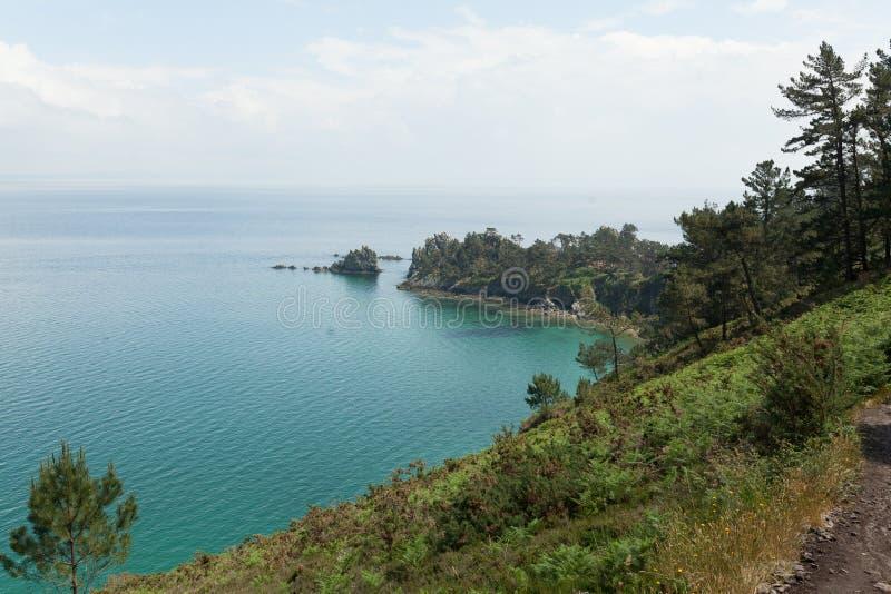 Opinión de océano Fondo de la naturaleza con nadie Morgat, península de Crozon, Bretaña, Francia imágenes de archivo libres de regalías