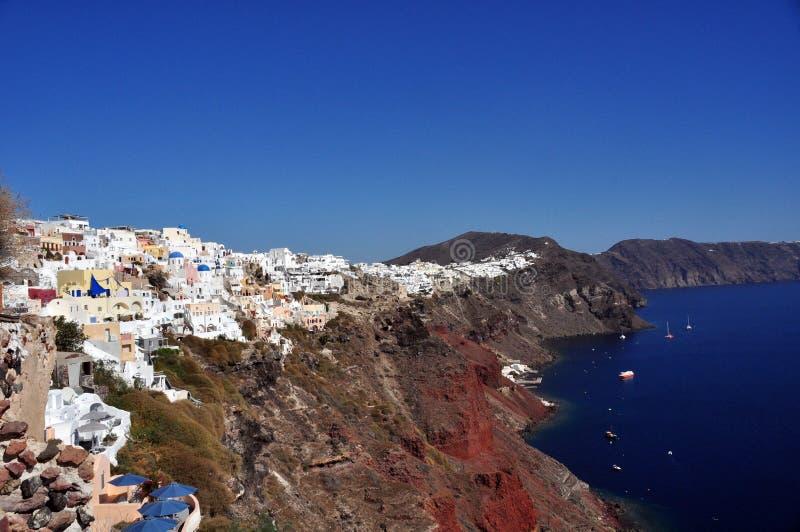 Opinión de Oia y de la caldera sobre la isla de Santorini Grecia imagenes de archivo