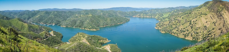 Opinión de Panormaic del lago del sur Berryessa del barranco frío de Stebbins, Napa Valley, California fotos de archivo libres de regalías
