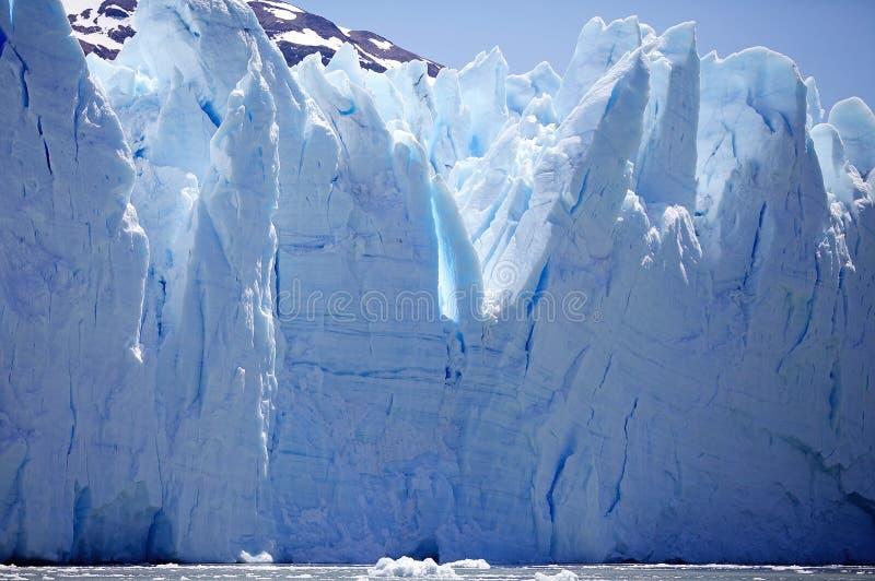 Opinión de Perito Moreno Glacier de Brazo Rico en Argentino Lake en la Patagonia, la Argentina imagen de archivo libre de regalías