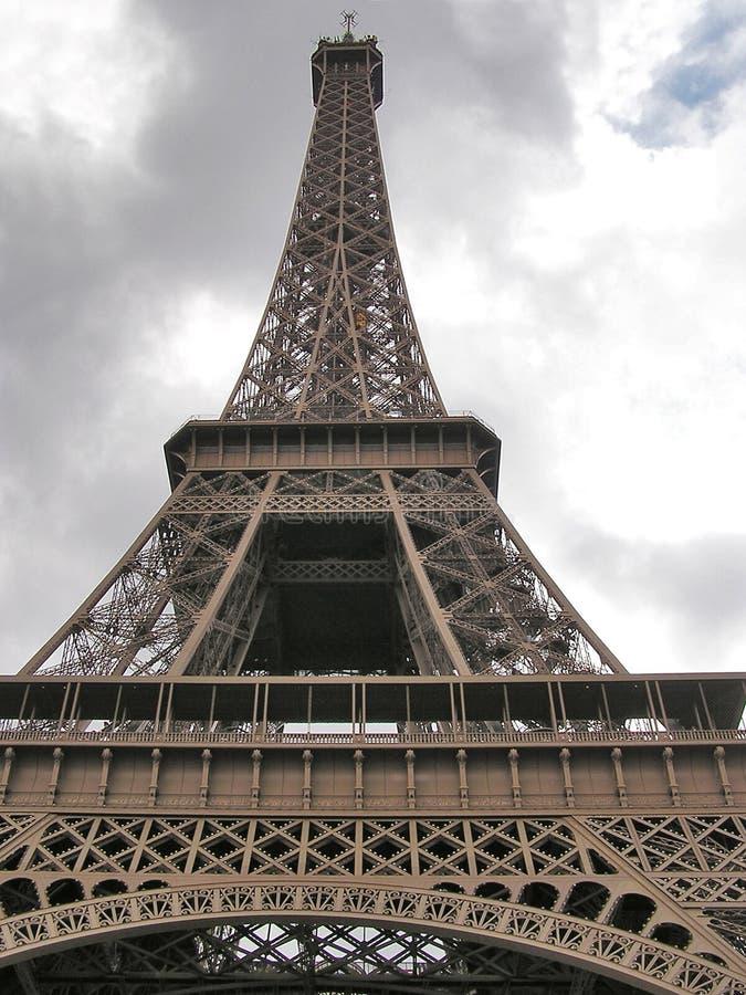 Opinión de perspectiva de la torre Eiffel foto de archivo libre de regalías