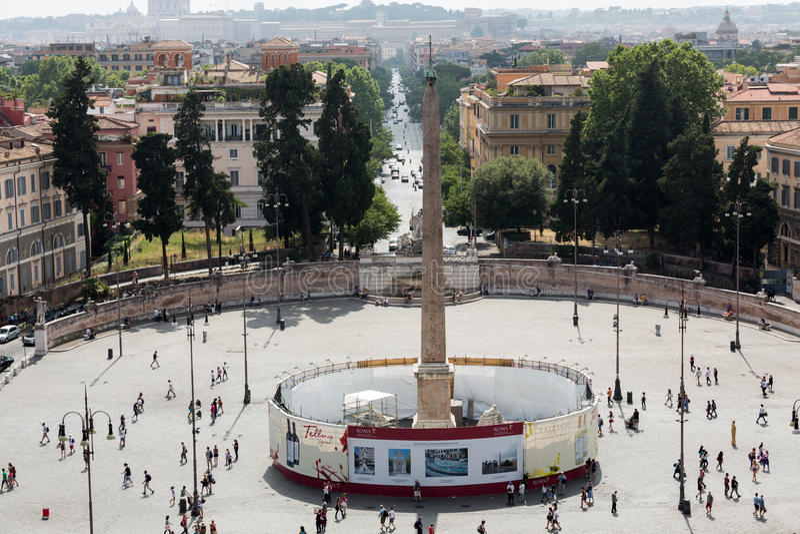 Opinión de Piazza del Popolo de la terraza de Pincio en Roma fotografía de archivo