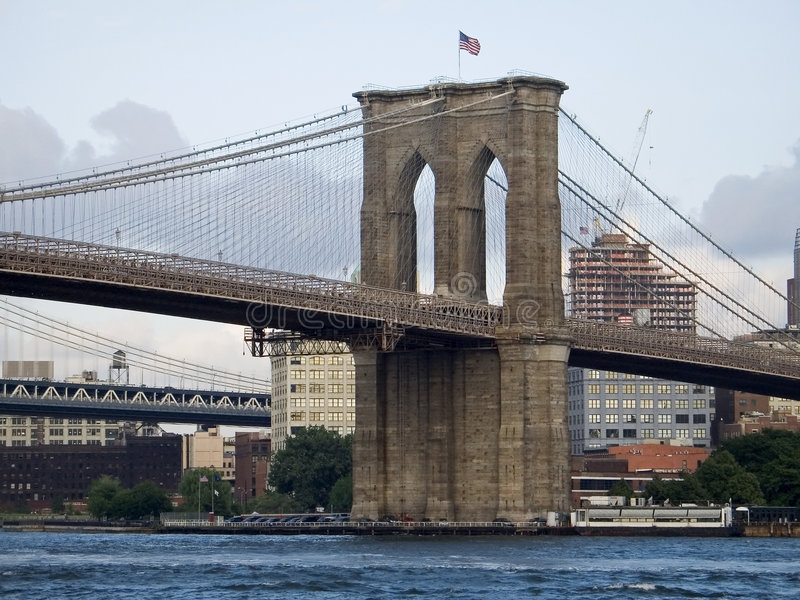 Opinión de puente de Brooklyn imágenes de archivo libres de regalías