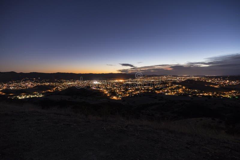 Opinión de Simi Valley California Dusk Hilltop foto de archivo libre de regalías