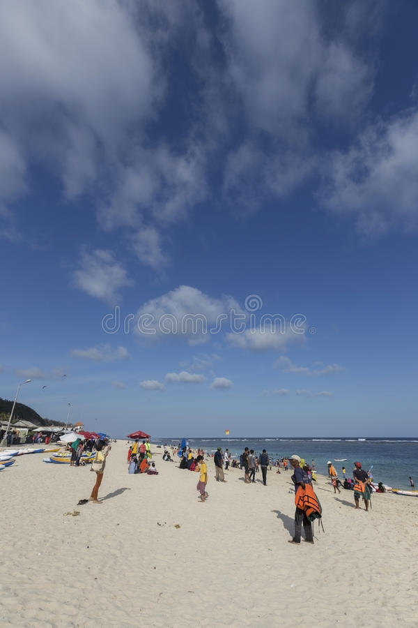 Opinión de Snenic de la playa de la porción de Tanah en Bali fotografía de archivo