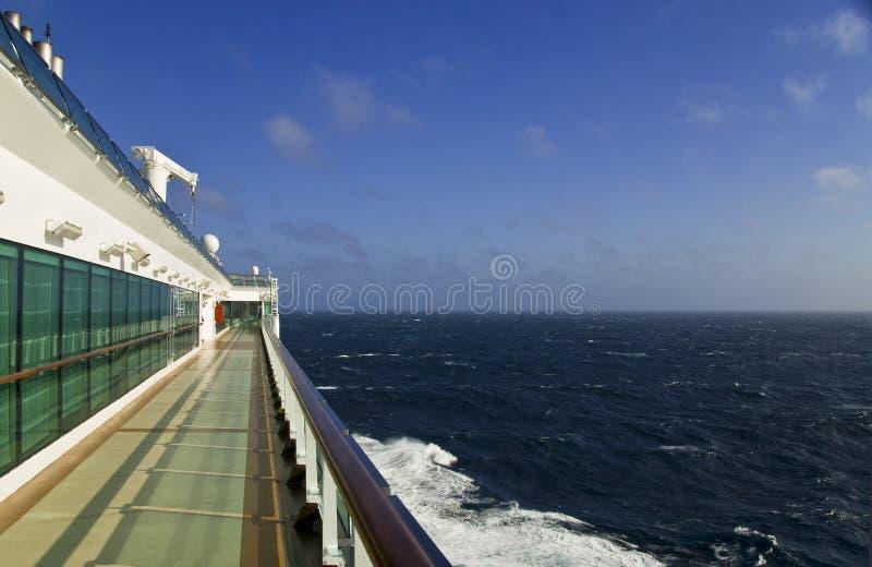 Opinión del barco de cruceros fotografía de archivo
