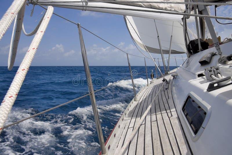 Opinión del barco de vela fotografía de archivo